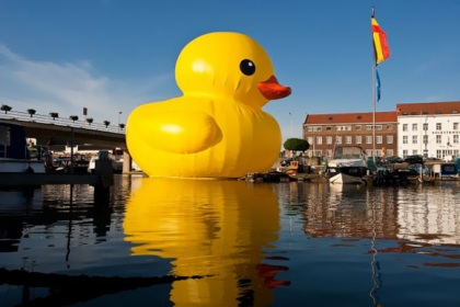Rubber-Duck-XL-1